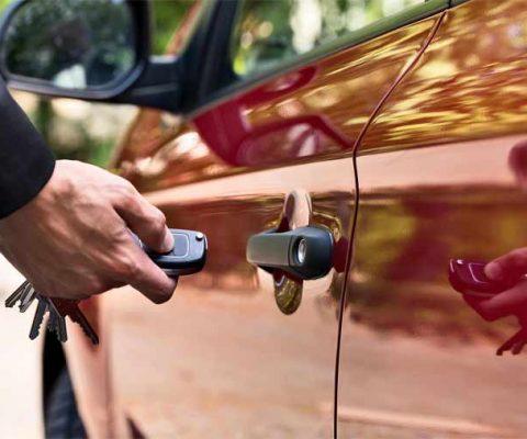 How to Deice a Car Lock